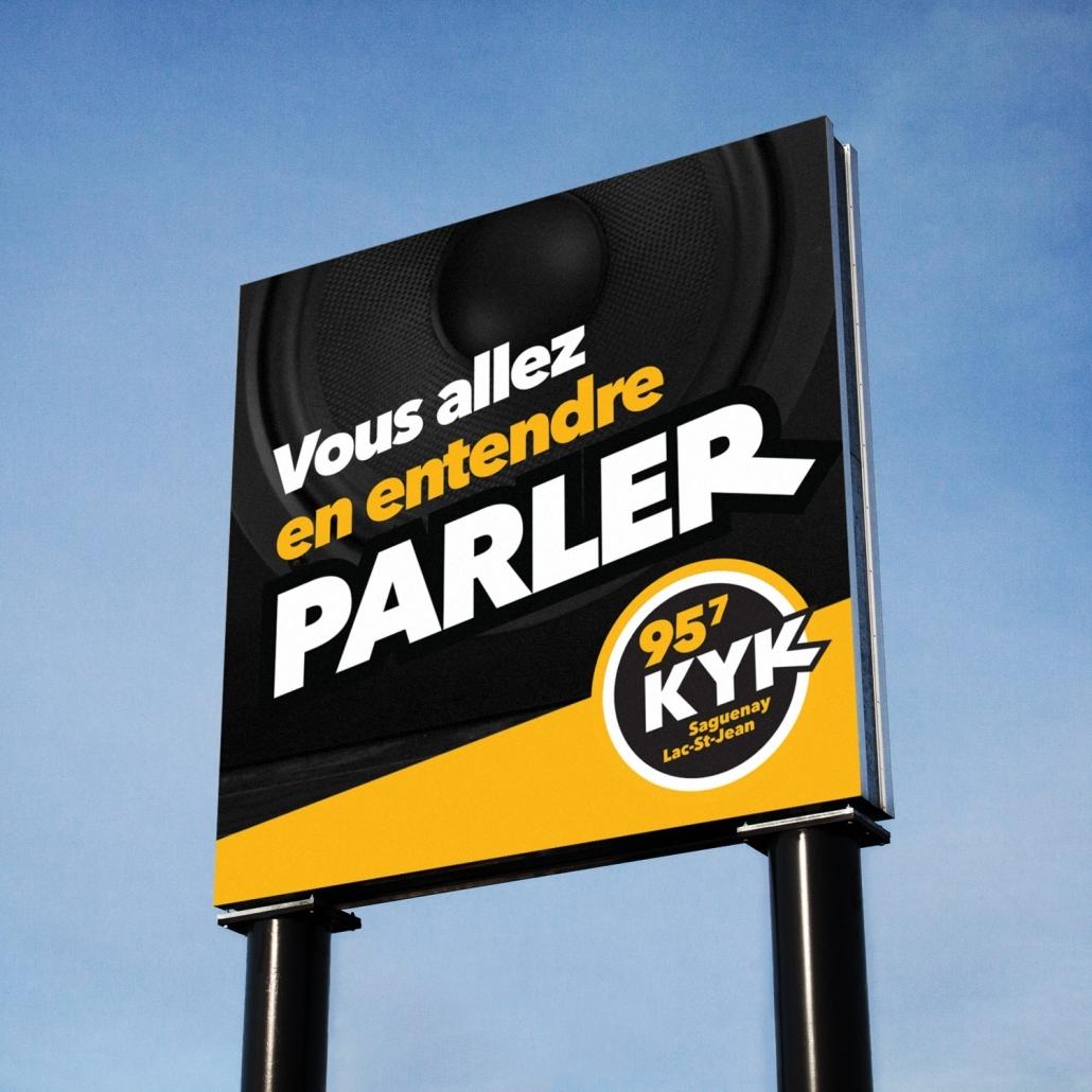 KYK 95,7 | Panneau